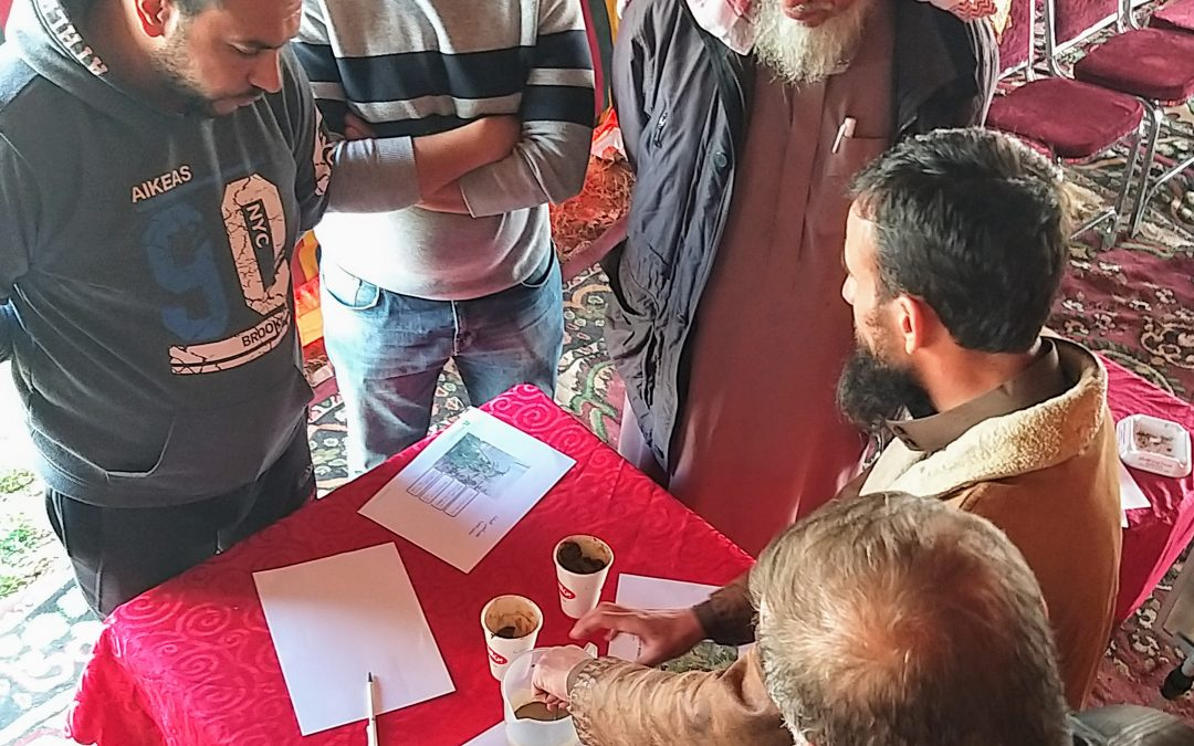 Jordan Valley farmers start taking soil samples